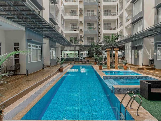 Pool Side Studio Unit (LaGrande Residence)