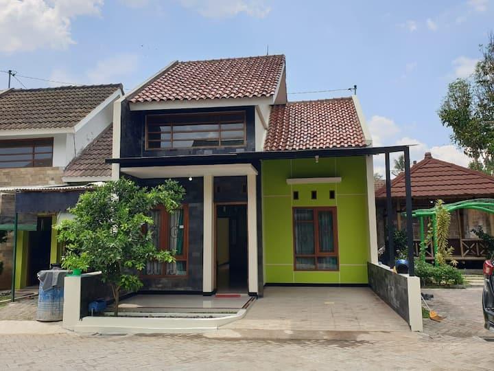 Bukit Tidar Permai Guesthouse