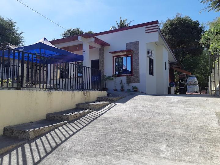 Lynn's  Transient Home 1