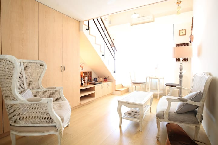 [ New Listing Offers] Huashan Park/MRT Studio
