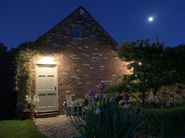 Newly refurbished Coach House in rural setting