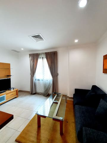 Quizy 1 bedroom apt in salmiya