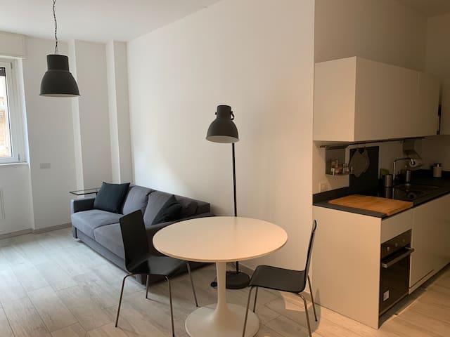 Bilocale Nuovissimo a Milano Centro