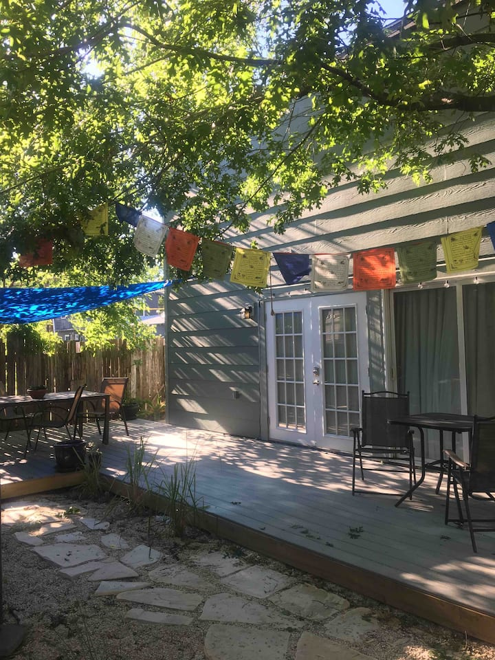 Cozy Backyard Apartment Near Downtown