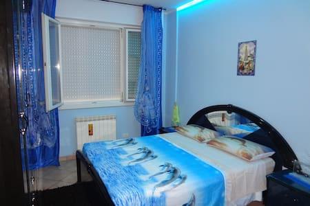 Stanza Doppia letto matrimoniale Blu - Apartment