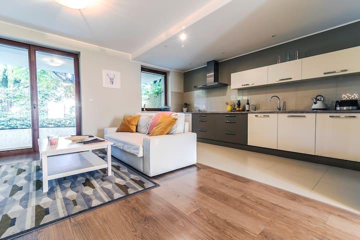 Oliwa Park Apartment 8