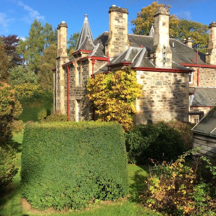 The Lodge, Heath Park