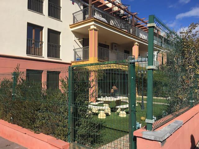 España, Costa Esuri! 2 Bed & 2 Baths Condo