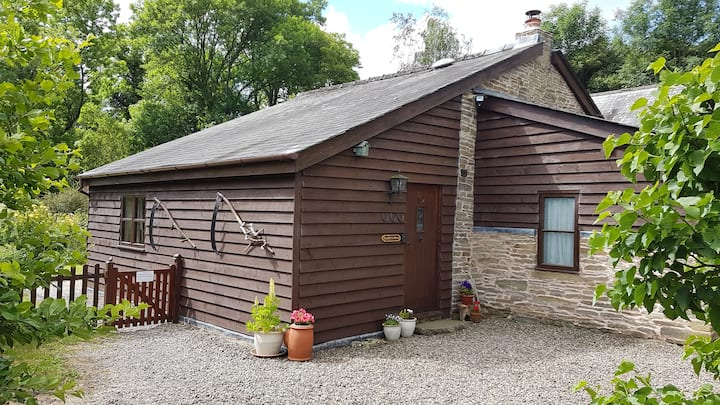 Old Bake House at Cwm Mill -perfect retreat for 2