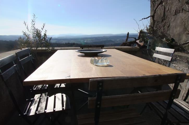 Un balcon sur le Luberon vue /piscine /Forcalquier - Lurs - Dom