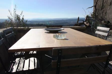 Un balcon sur le Luberon vue /piscine /Forcalquier - Lurs - Dům