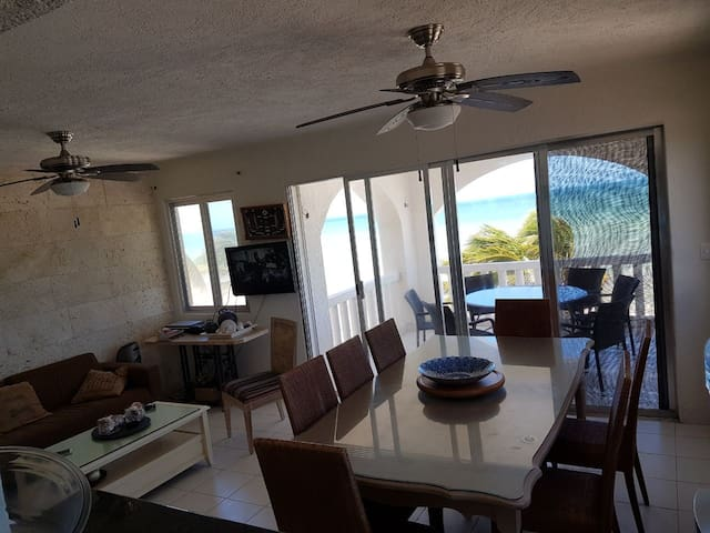 Royal beach IV  Luxury  Apartment