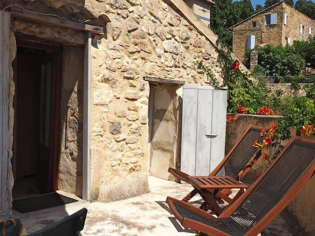 Petite maison authentique - La Roque-sur-Cèze - Ház
