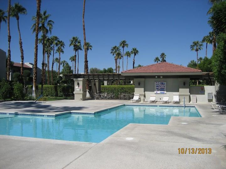 Palm Springs, Casa Verde (c)