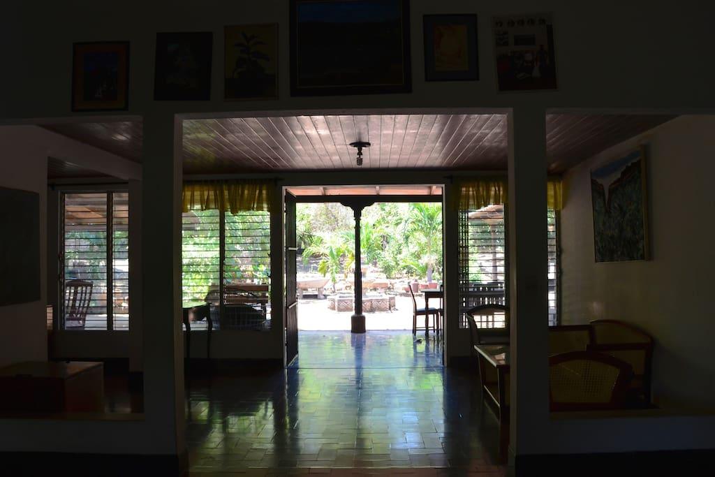 Interior of the house / interior de la casa.
