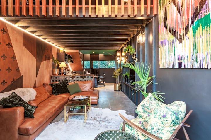 The Barn, designers dream, romantic beach hideaway