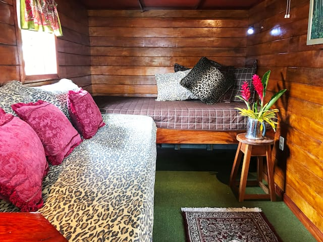 Optional: Second Bedroom offers 2 single beds for houseboat capacity of up to 4 guests.
