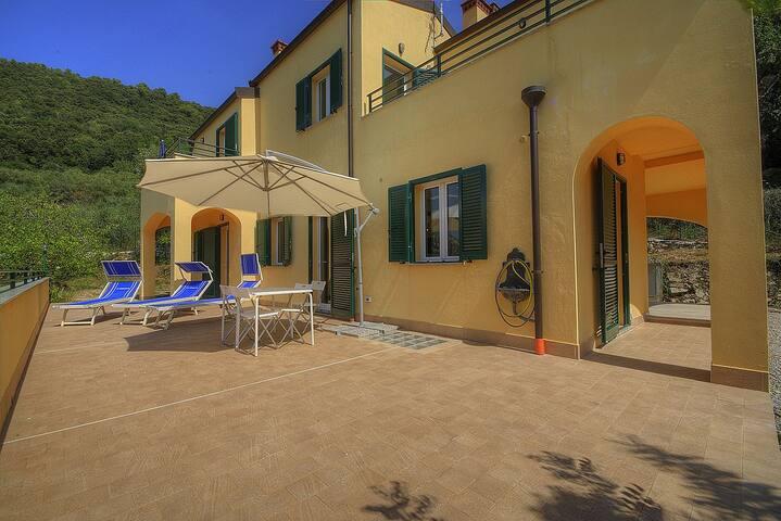 Villa Sara - Isola del silenzio -