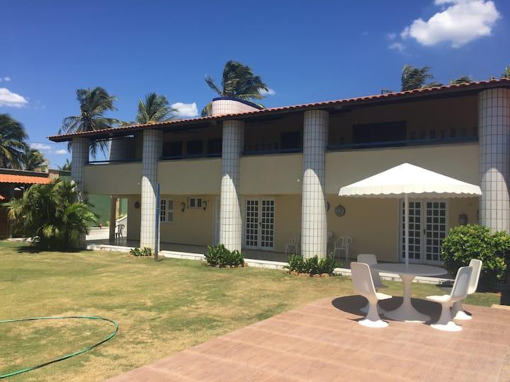 Tabuba/Cumbuco - Casa de praia com piscina e deck
