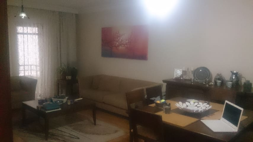Single Bedroom in GOP, Embassy Area - Çankaya - Huoneisto