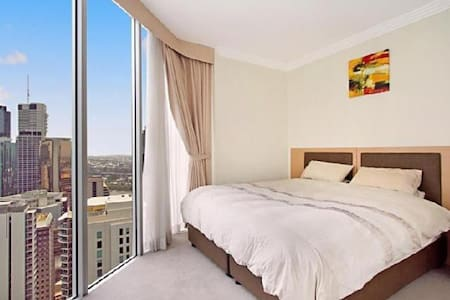 2 bed CBD apartment with a great view, gym, sauna. - Brisbane City - Leilighet