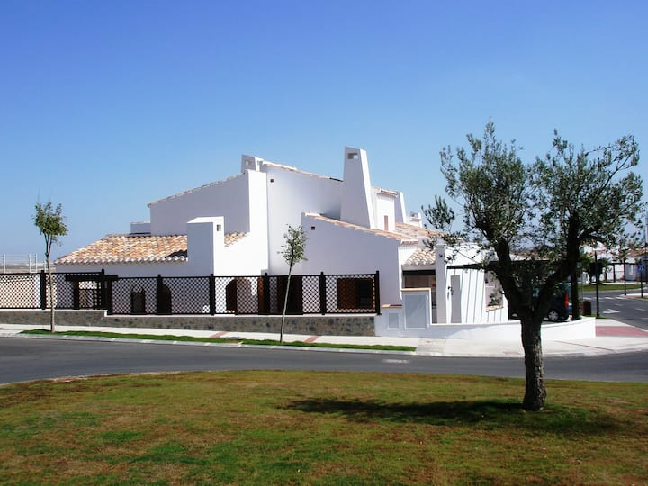 Luxury villa on Murcia's premiere golf resort