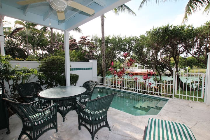 Townhome in Duck Key wPrivate pool - Duck Key - Huis