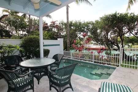 Townhome in Duck Key wPrivate pool - Duck Key - Hus
