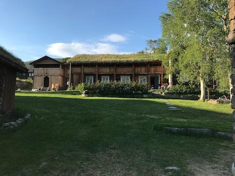 Brendjord City (Gezellige hut op 18e eeuwse boerderij)
