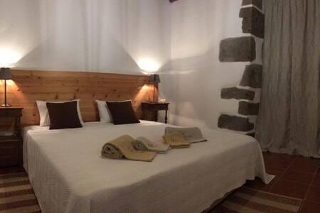Stone House - Nordeste - Dom