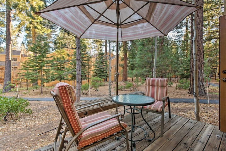 Incline Village Condo-Steps to Beach, by Skiing!