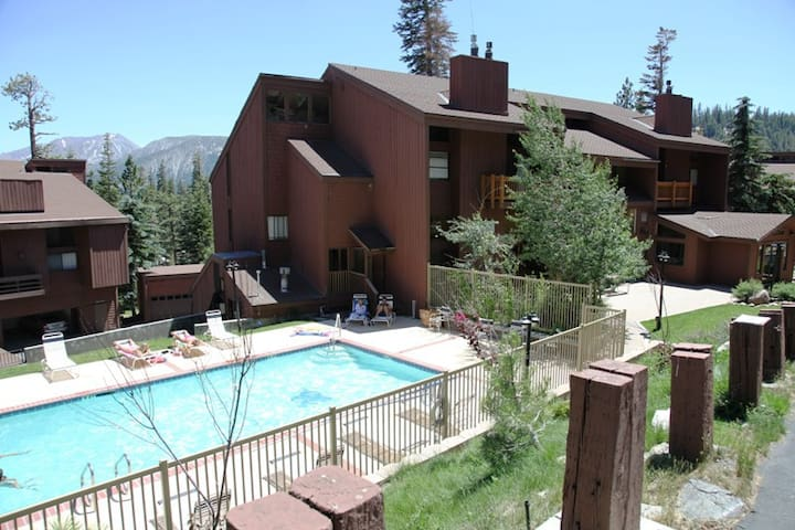 *NO GUEST SERVICE FEE* Mammoth Ski & Racquet Club #4
