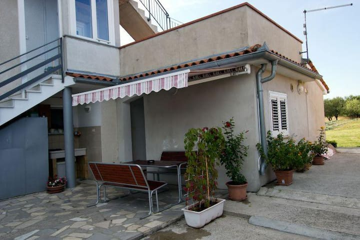 Cozy apartment in Izola only 1 km from the beach