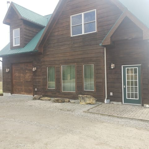 Cedar Cottage Getaway