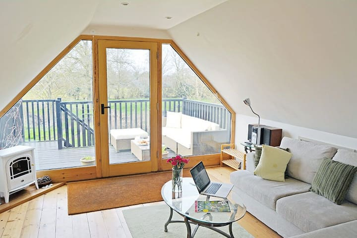 Open plan loft living in stunning Norfolk countryside - Erpingham - Vindsvåning