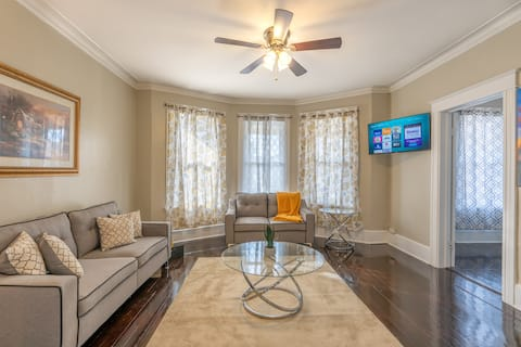 Clean Escape|Centrally Located|Private Parking