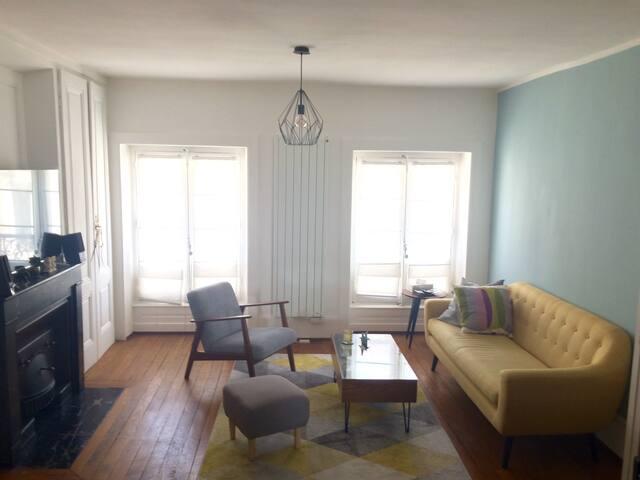 2-pièces tout confort dernier étage