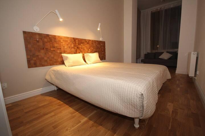 NEW spacious cozy apartment 500m to center&railway