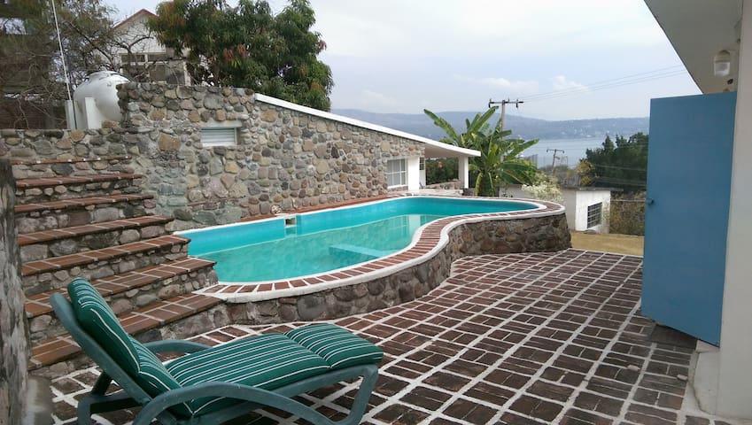 Bungalo privado casa Tequesquitengo - Tequesquitengo - Casa