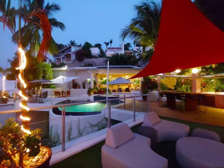 Villa Cielo, moderna,  súper vista bahía en Brisas