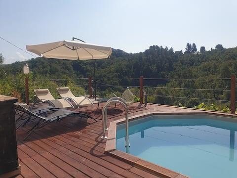 Maison avec piscine au-dessus des Cinque Terre