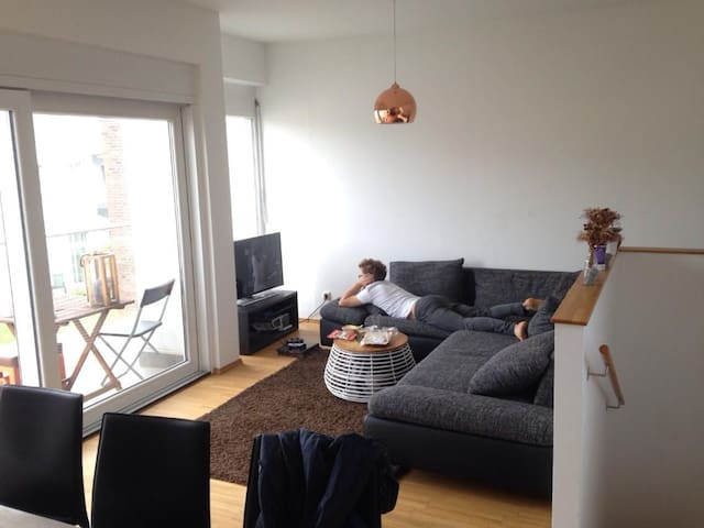 13m2 room in modern maisonette in downtown.
