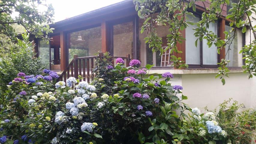 Grande maison Néobretonne - Saint-Séglin - House