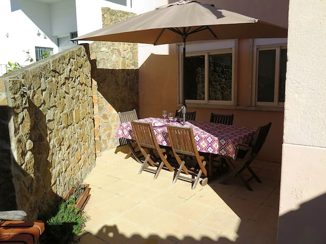 Private Rooms in Nice apartment with  terrace