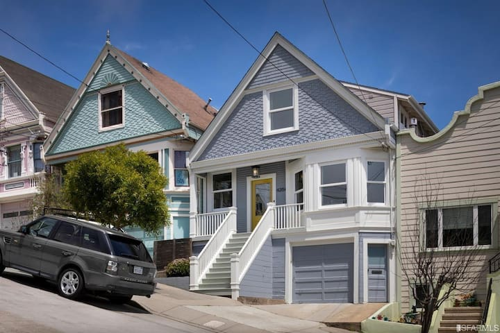 Stunning 3-bedroom home in coveted Noe Valley