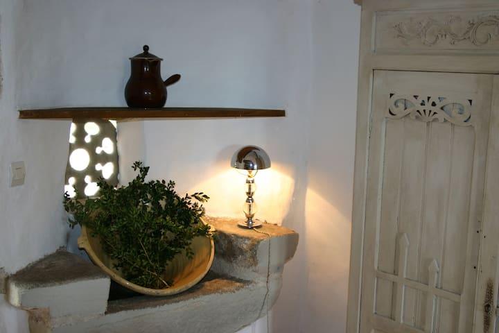 Maison de charme dans le Sidobre - Burlats - Huis