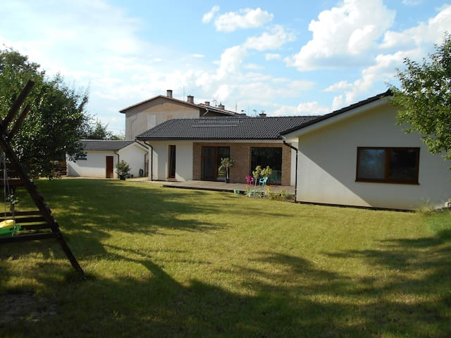 Comfortable bungalow for long term stay - Vratimov - Bungalow