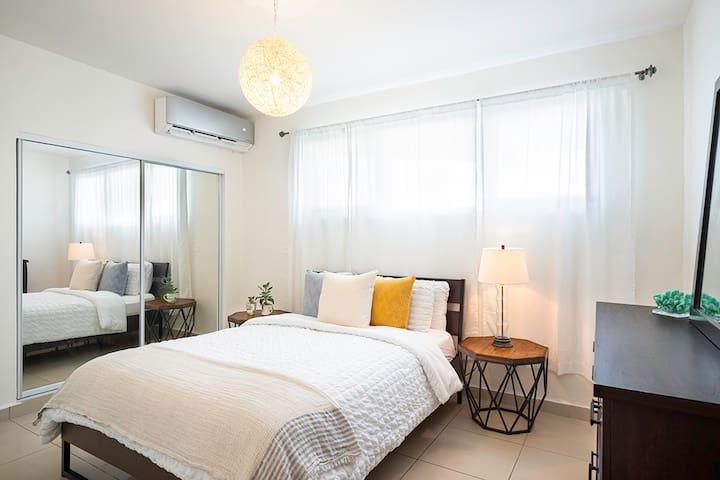 Room #2 (queen size bed)