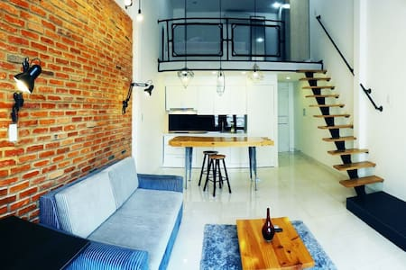 LOFT APARTMENT for rent in Downtown - District 1 - 호치민 시 - 로프트