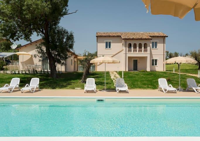 Villa Milli appartamenti   in Abruzzo